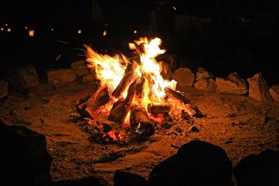キャンプは焚き火で子供に健全な火遊びを!「火育キャンプ」の効果とは?